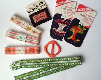 Lot of Vintage Sewing Notions