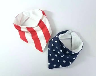 Twin Fourth of July bib set, Triangle bibs, july 4th bandana bib set, American flag bib, modern bib, modern baby gift, scarf bib, patriotic