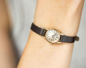 Retro Women Certina watch, gold plated AU 20 lady wristwatch, small woman watch classical timepiece gift rare, premium leather strap new