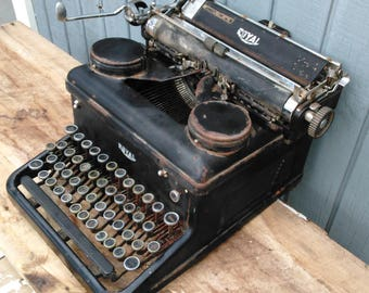 Antique Typewriter - Royal Typewriter - Black Typewriter - Office Decor