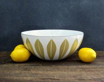 Mid Century Danish Modern Lotus Bowl, Lotus Pattern Enamelware, Catherineholm, Mustard Yellow on White
