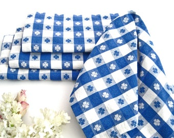 "4 Vintage Napkins, Blue White Checkered Cotton, Picnic, BBQ, Bistro, VERY EXCELLENT, 17"" x 16.5"""