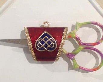 Scissor and Needle Minder - Enamel Celtic Design