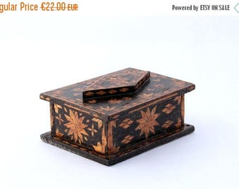 SALE 20% off Vintage wooden jewelry box 60s