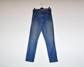 Vintage Rare Levis Denim Pants Back Zipper Pockets High Waist Tapered Jeans