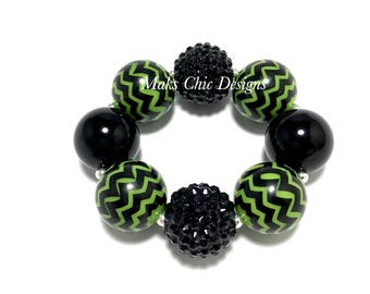 Toddler or Girls Black and Green Chunky Bracelet - Halloween Chunky Bracelet - Zombie Bracelet - Monster chunky bracelet - Alien Bracelet