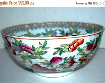 weekend sale Vintage Qing Dynasty hand painted Chinese bowl   fruit bowl home decor antique bowl