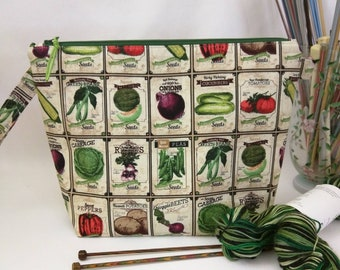 Medium Wide-Mouth Wedge Bag with Organizer Pockets - Vintage Seed Packets