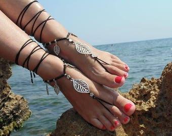 Leaf Earings and Leaf Barefoot Sandals Black Foot Jewelry Hippie Sandals Toe Ring Anklet Crochet Sandals Yoga Sandals