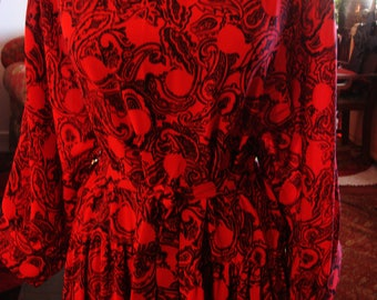 Vintage 1980s Red and Black Long Sleeve Dress