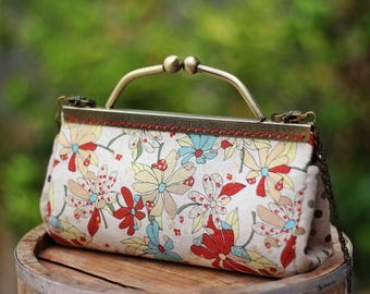Kiss lock clutch / Handbag / shoulder bag Japanese linen fabric