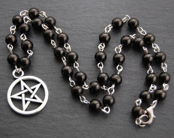 Jet and Pentacle Necklace. Pagan Druid Wicca Witch Ceridwen Hecate Morrighan Morrigan Pentagram Witchcraft Priest Priestess Magic
