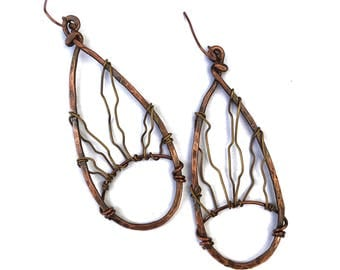 Hammered Copper Wire Earrings| Boho Earrings| Rustic Copper Earrings| Copper Wire Earrings| Unique Handmade Jewelry| The Perfect Gift