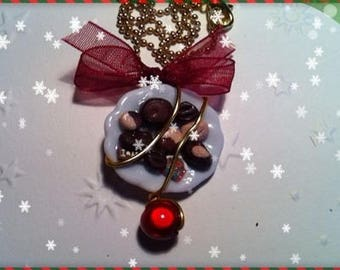 Necklace chocolate Christmas Ref 1 plate