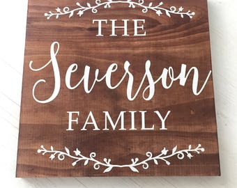Family Sign - Wood Family Sign - Family Name - Christmas Gift for Family - Painted Wood Family Sign - Personalized Home Decor