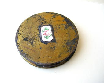 Distressed Guilloche Compact - Antique Brass Compact