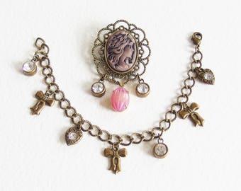 Parure Retro Romantique Bracelet et Broche - Portrait de Femme - Gourmette, Breloques, Camée, Métal Bronze - Bijou créateur, pièce unique