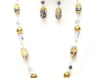 Oval Brown w/White Swirl Lamp Work Glass Bead Necklace & Earrings Set