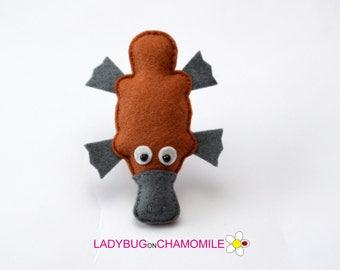 Felt PLATYPUS, stuffed felt Platypus magnet or ornament, cute Platypus, Platypus toy, Australian animals, home decor, Nursery decor, Aussie,