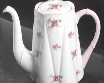 Vintage Coffee Pot & Lid in Bridal Rose (Dainty Shape) by Shelley