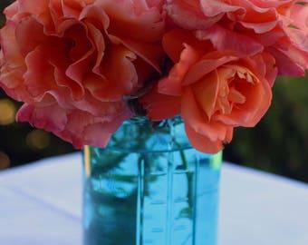 Ocean Blue Vase and 3 Jumbo Tea Lights.