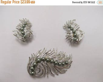 ON SALE SARAH Coventry Gray Pearl Pin and Earring Set Item K # 1023