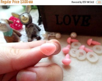 On Sale 15mm Triangle Safety nose Colored Doll nose Toy nose Doll Parts Animal nose Plush nose Teddy Bears nose Plastic nose - pink - 10 pcs