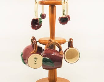 Apple Measuring Cups and Spoons Set with Tree Rack Stand