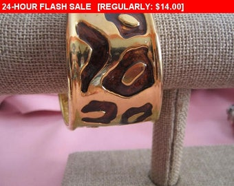 Vintage wide gold tone enamel bracelet, retro, estate jewelry