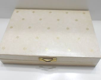 Vintage Mele Beige Leatherette Jewelry Box (22) 14 Sections & 10 Ring Inserts