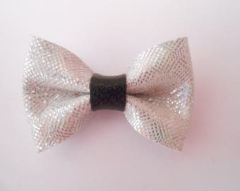 Leather bow with holograms 4.5 x 3 CMS for your creations.