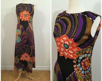 Vintage RETRO PRINT MAXI Dress / size Small