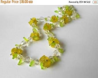 CIJ SALE Vintage Flower Necklace lime green lemon yellow