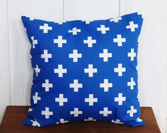 Cushion cover 40 x 40 cm Blue and white XOXO patterns