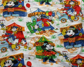 Vintage Walt Disney Mickey Mouse And Friends Bed Sheet. 70s Disney Cartoon Collectible 80s Bed Sheet. Donald Duck, Goofy, Mickey Sheet