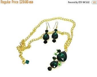 SALE SALE Emerald Crystal Pendant Necklace, Bridal Statement Necklace, Emerald Crystal Wedding Necklace, Crystal Evening Necklace EC ~ 45
