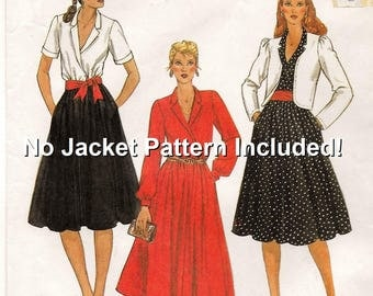 "A Pullover, Long or Short Sleeve, Notched Collar, Flared Skirt, Belted Dress Sewing Pattern for Women: Size 10, Bust 32-1/2"" • McCall's 7891"
