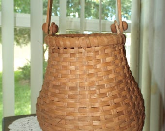Vintage Country Basket for Your Farmhouse Decor