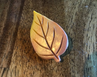 Leaf Pin - Copper /Yellow