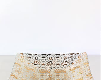 Vintage Georges Briard Style  Plate With Gold Ornate Silkscreening