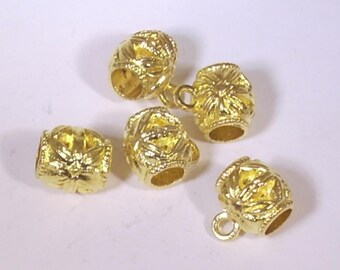 6 charms gold tone 10mm barrel beads