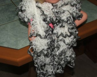 Ruffle scarf nets, white Brown edge - handcrafted