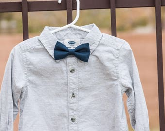 Navy Blue Bow Tie--Blue Bow Tie--Newborn-Toddler-Kids-Youth/Clip On Bow Tie--Spring Bow Tie
