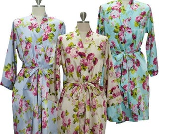 ON SALE Floral Bridesmaid Robe, Kimono Bride Robe Gift for Bridesmaids. Floral Wedding Robe & Bridal Party Gift, Silk Kimono or Silk Floral