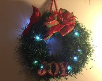 Cardinal Joy Wreath