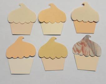 12 die cut cupcakes/muffins cream