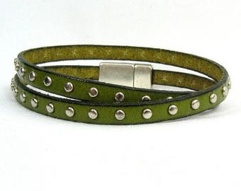 10% Off Green Studded 5mm Flat European Leather Wrap Bracelet Magnetic Clasp (5F-531)