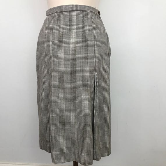 "Vintage tweed skirt grey wool beige weave box pleat high waisted 1940s style midi length UK 8 us p 40s 30s classic style 27"" waist"