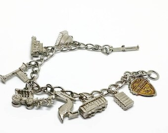 Vintage Charm Bracelet Louisiana Souvenir New Orleans, Silver, New Orleans, Bourbon Street, Riverboat, Pelican, superdome, Cotton Bale