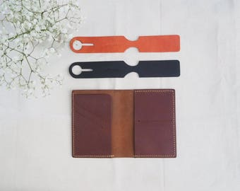 Personalized Leather Passport holder & Luggage Tag Travel Set, (Set of 2 Luggage Tags, Two Passport Cover)